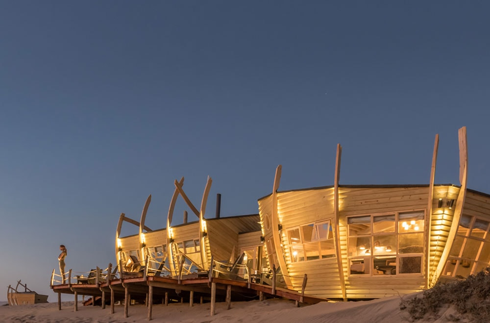 luxury hotel namibia safari