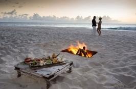 beach campfire Seychelles Safari