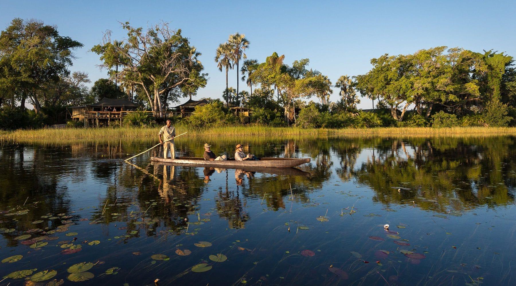 african-safari-canoe