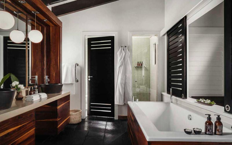 oonh_accommodation_suite_bathroom_800x500