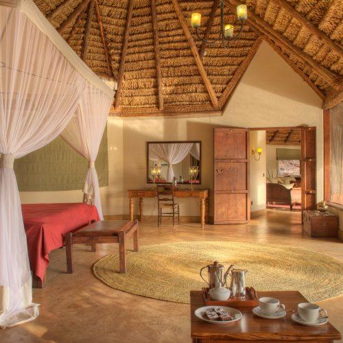 elsas_kopje_-_accommodation_-_private_house_-_master_bedroom-1