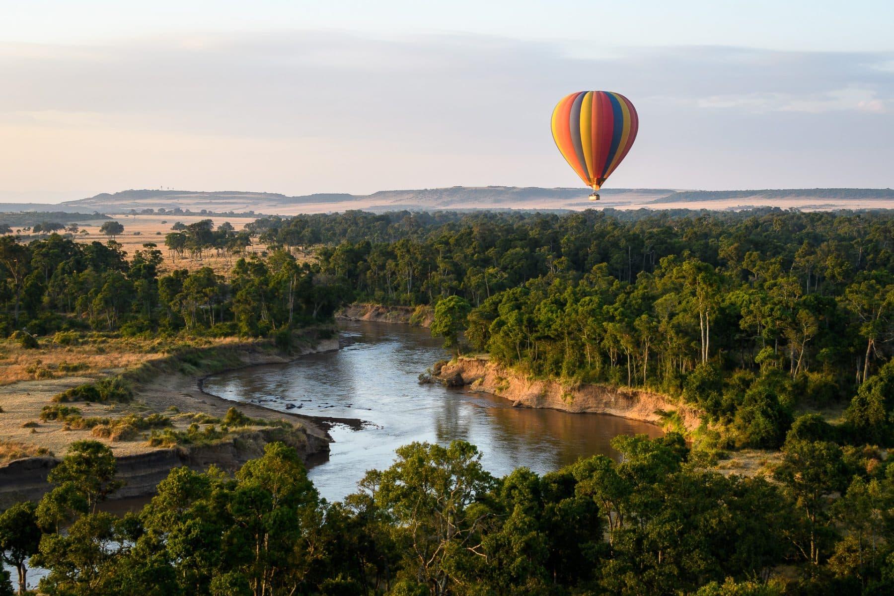 Kenya Beach & Bush Safari hot air balloon